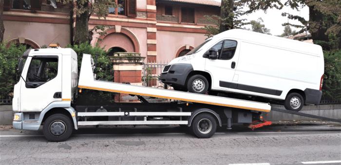 truck towing service van